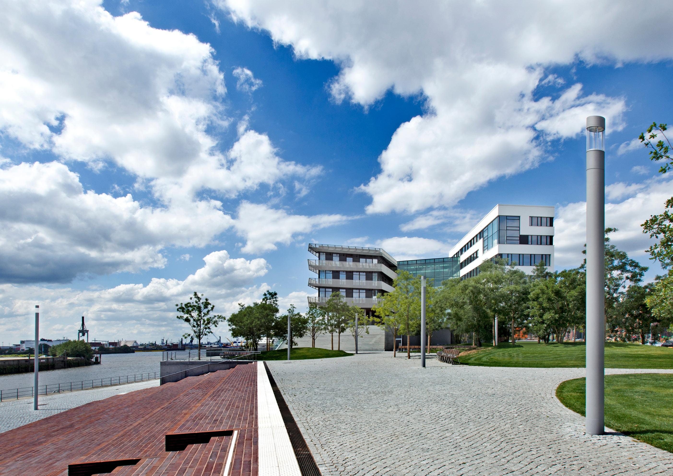 Hess_CITY_ELEMENTS_HafenCity_Hamburg_GER